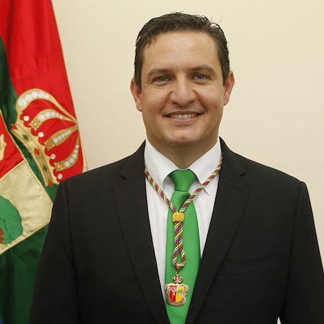 José Julián Mena